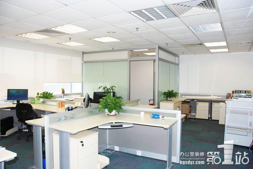 辦公室裝修辦公區實景圖