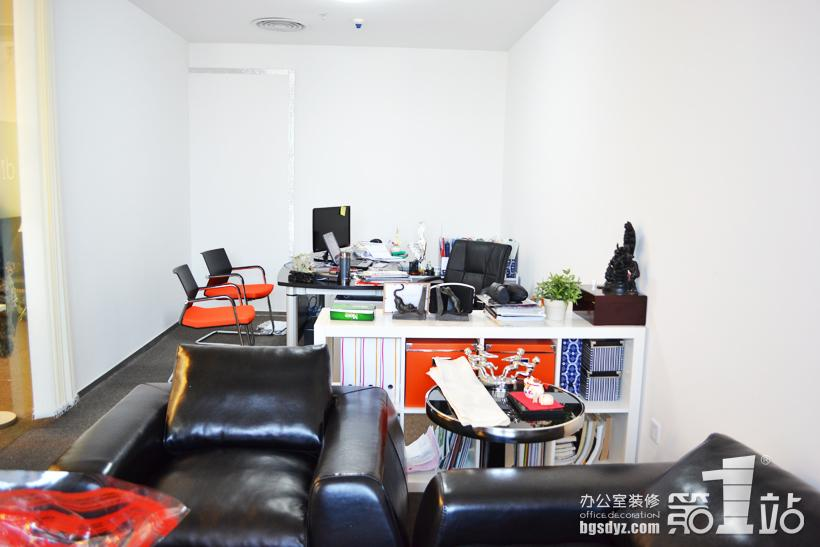 辦公室裝修經理室實景圖