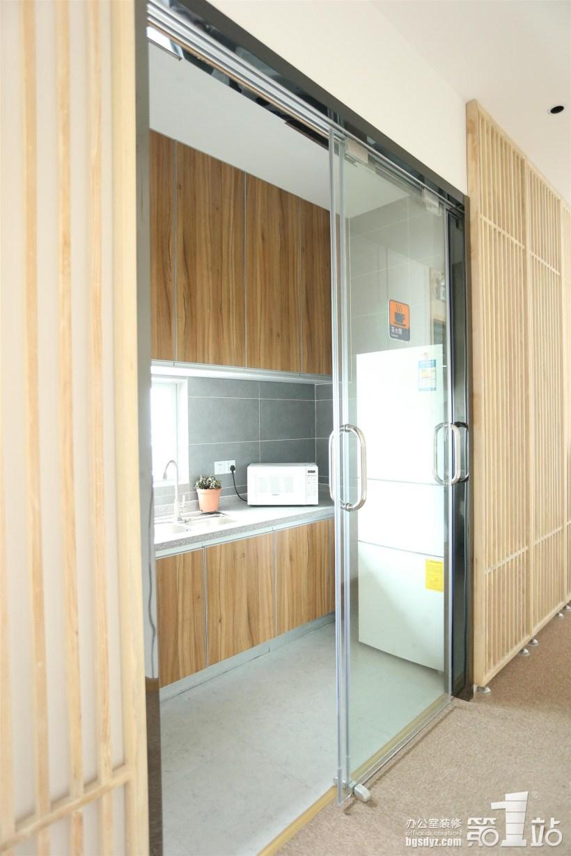 广州加与减电广告办公室包含案例,广装修建筑完整图纸的什么图片