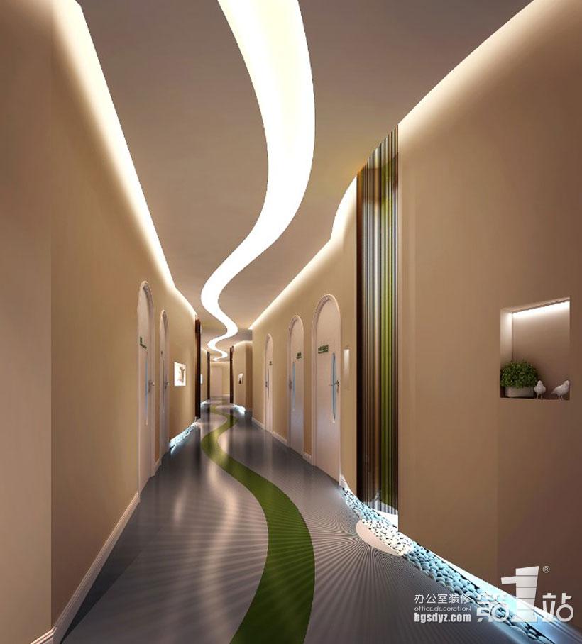 项目名称:阳光综合门诊美容整形医院设计  医院装修设计效果图 项目面积:1000平方米 项目地址:番禺区市桥大北路 设计理念: 根据客户的工作环境的特殊性,康联装饰的设计师采用了国际最先进的设计理念,整个办公空间体现出来的是一种干净,简洁,健康与自由的现代化理念,这与客户的行业性质非常的吻合,阳光门诊的过道选择了线条状的设计及元素,色彩柔和,传递给客人一种舒舒服服进来,快快乐乐出去的一种理念。门诊的前台运用了高档大气的设计素材,恰如其分地展现了阳光综合门诊的完美的整体形象。  广州阳光综合门诊美容整形医院