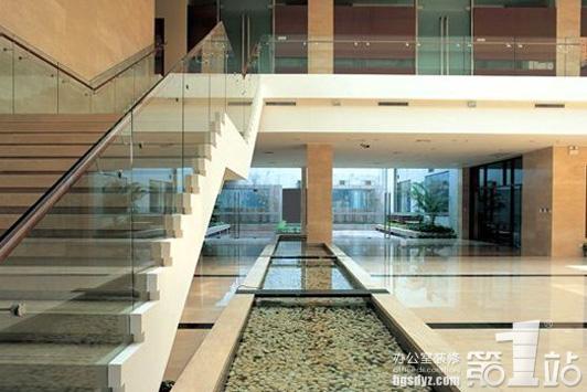 关于维护办公装修的楼梯常规原则