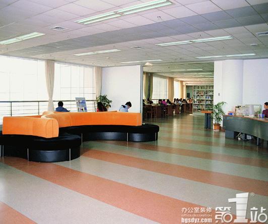 哪些特点体现办公室装饰pvc地板的优势?