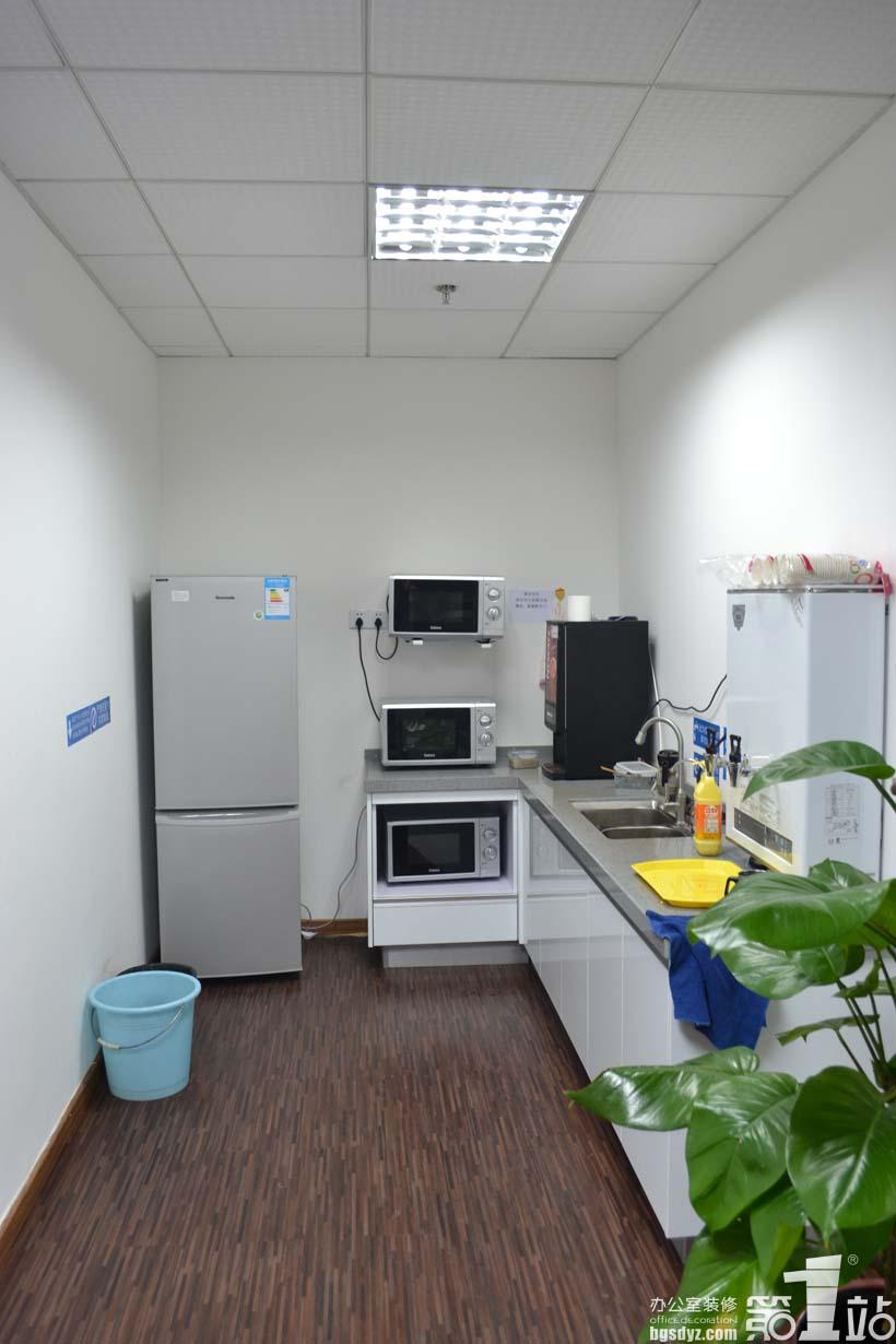 广州凯通软件公司办公室装修茶水间实景图