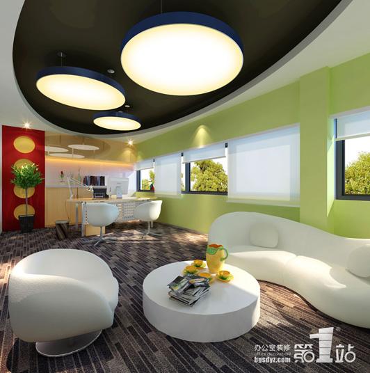 办公室文化建设要基于细节。在办公室文化建设过程中,精神文化建设是目的,物质文化建设是推进精神文化建设的前提和载体。具体到每个办公室,一是各办公室应因室制宜,结合功能定位,以高雅、文明、和谐、高效、集约、前瞻为原则,整合办公室现有空间,优化设计,合理布置,体现和谐。二是物品摆放要整齐,某些办公、教学设备存放要规范。 办公室文化建设要强调效能。学校管理模式的一个方面是以服务为宗旨。而服务要以效能为基础。效能,是指办事的效率和工作的能力。效能建.