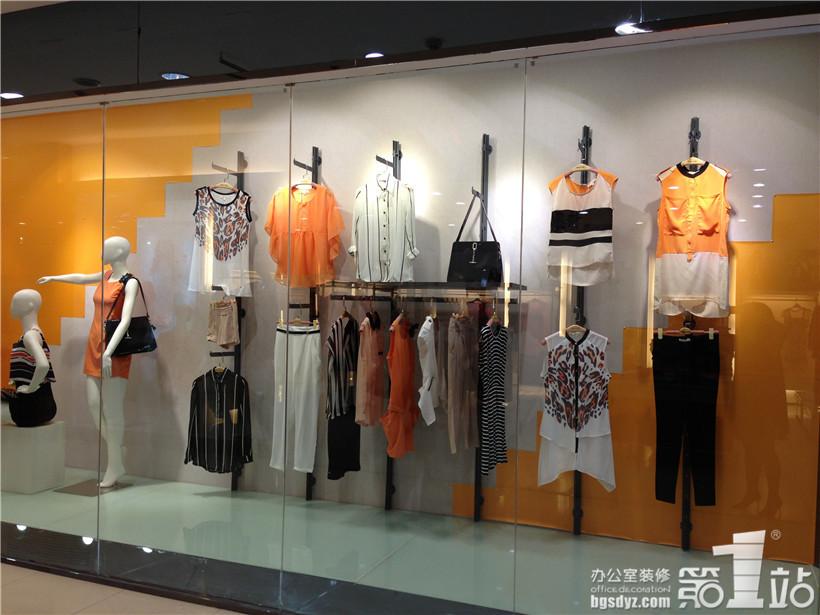 快时尚女装店铺(重庆店)装修设计案例